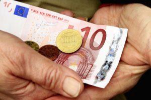 Die 24-Stunden-Betreuung kann teilweise durch das Pflegegeld finanziert werden