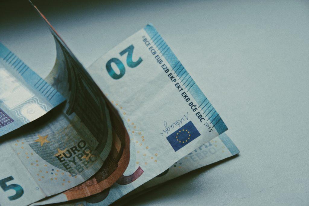 Der Mindestlohn in der 24-Stunden-Pflege sorgt dafür, dass polnische Pflegekräfte legal beschäftigt werden können