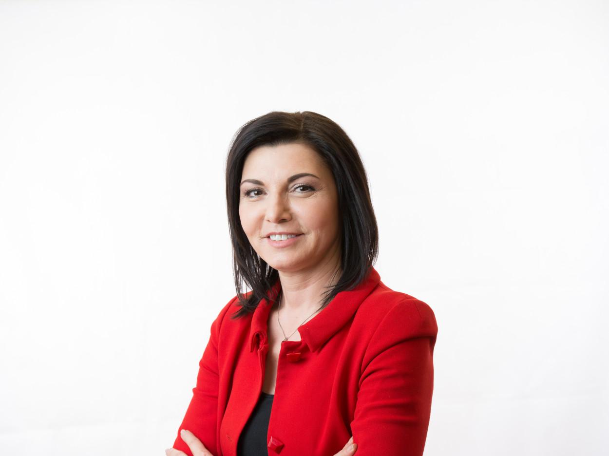 Emiliya Gotzian, Geschäftsführerin